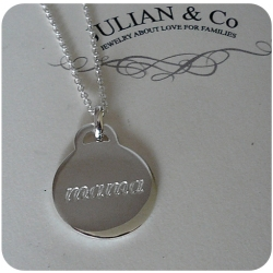 mama charm by Julian & Co